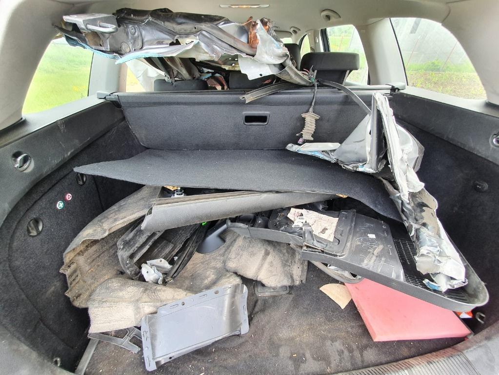 Racitor gaze Volkswagen Golf 6 2011 break combi 1.6 tdi CAYC
