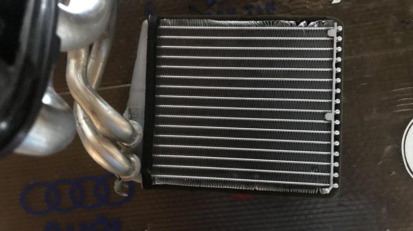 Radiator apa bord VW Touran 1K0819031B