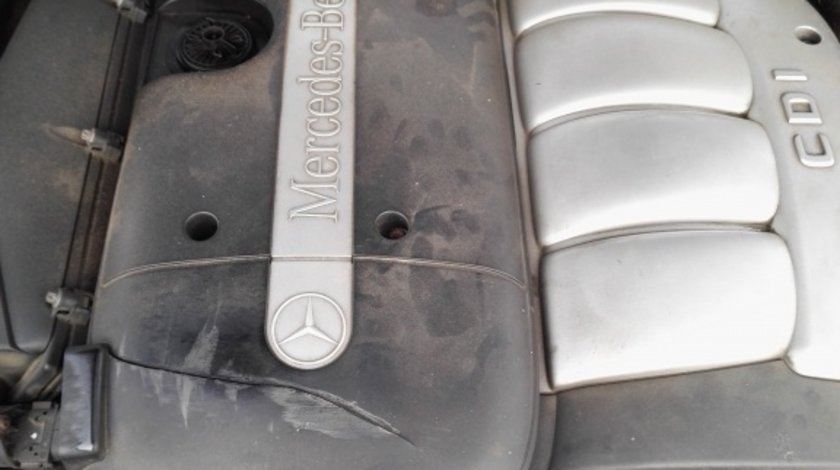 Radiator apa Mercedes C-CLASS W203 2002 berlina 2.2