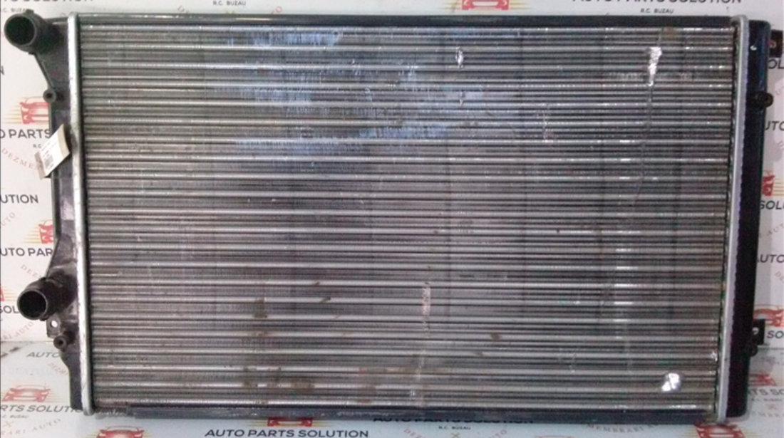 Radiator apa VOLKSWAGEN TOURAN 2003-2010
