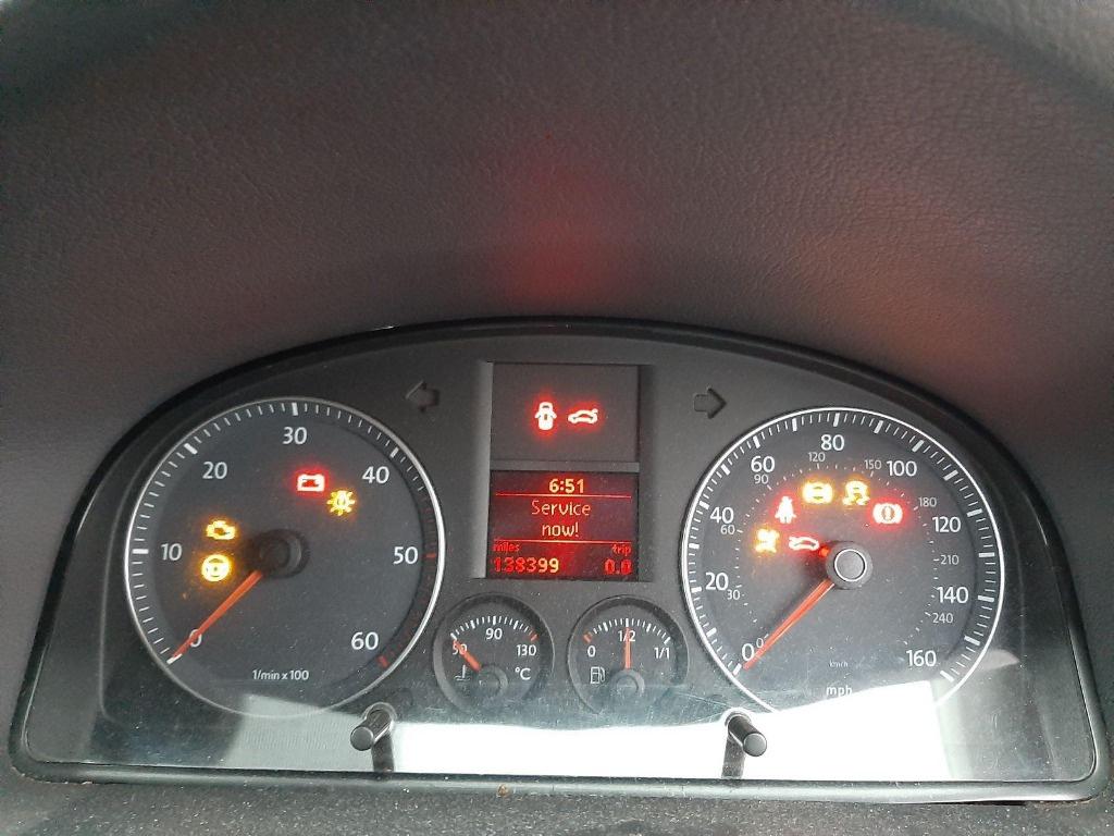 Radiator apa Volkswagen Touran 2008 Hatchback 2.0 tdi