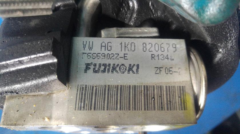 Radiator incalzitor apa bord skoda octavia 2 vw passat 1k0820679