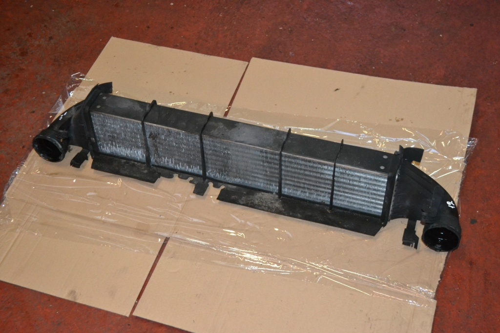 Radiator intercooler mercedes c class w203 c220 cdi