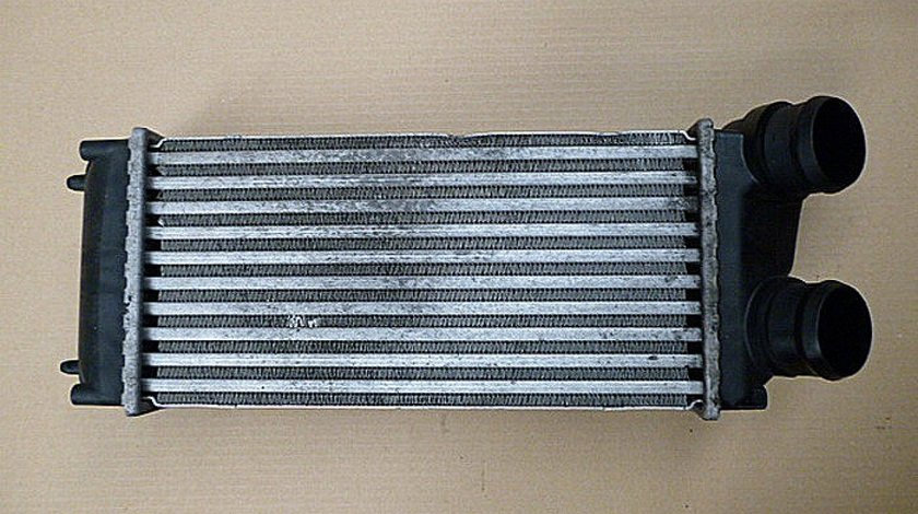 RADIATOR INTERCOOLER PEUGEOT 307 307 1.6 HDI - (2001 2008)