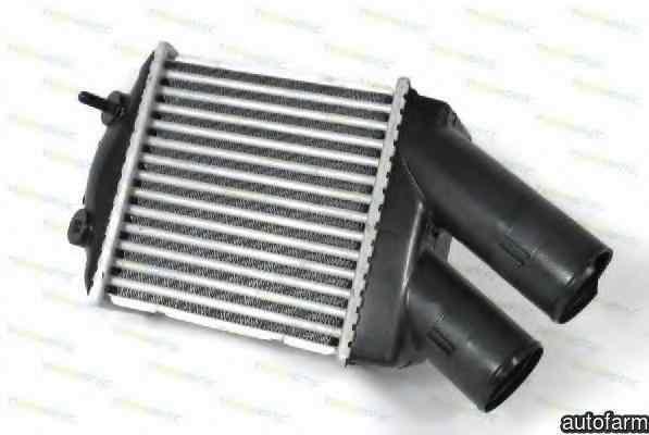 Radiator intercooler RENAULT LOGAN I LS Producator THERMOTEC DAR001TT