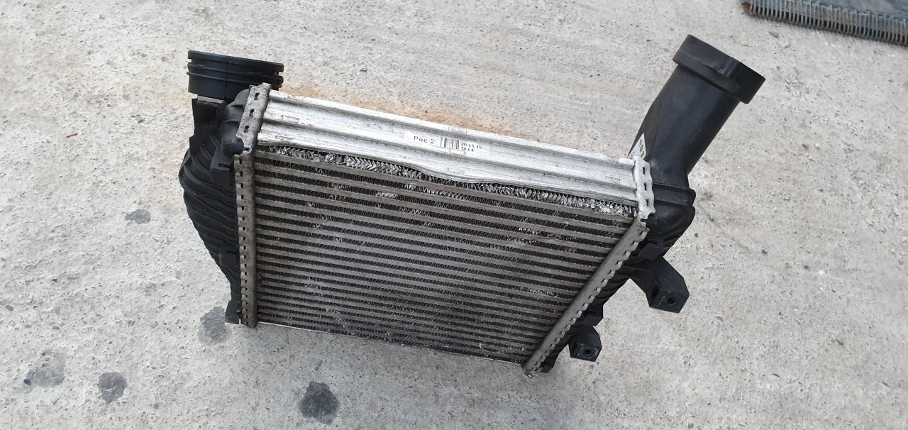 Radiator intercooler stanga AUDI Q7 3.0 tdi 2007 2008 2009