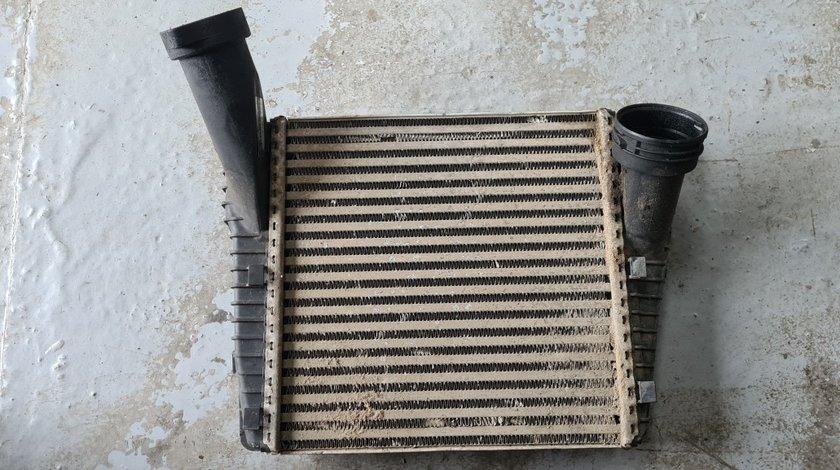 Radiator intercooler stanga Vw Touareg 7P 3.0 TDI 2011 2012 2013 2014 2015