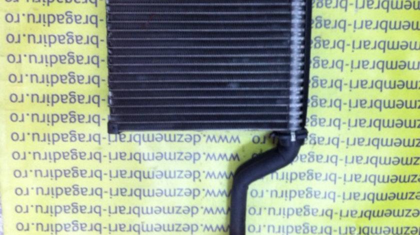 Radiator racire habitaclu / Vaporizator Audi A4 B6 [2000 - 2005] Sedan 2.0 multitronic (130 hp) (8E2 B6)