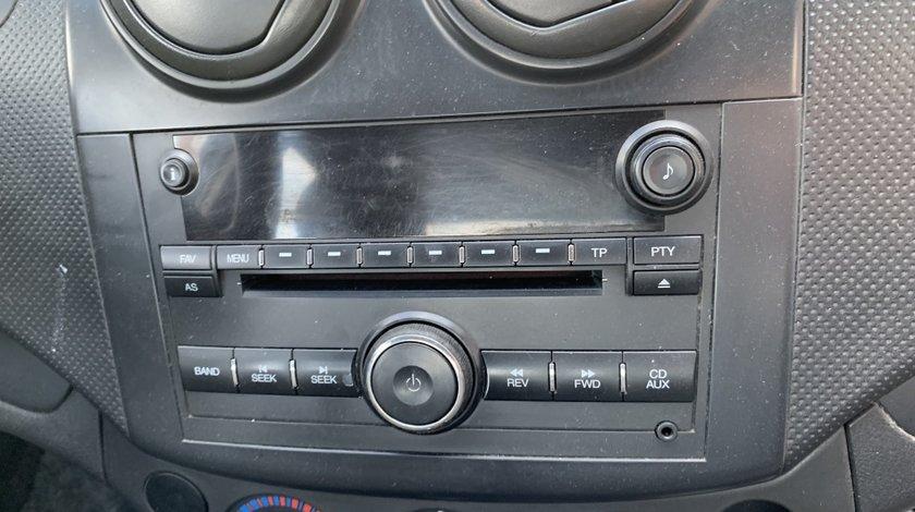 Radio cd Chevrolet Aveo 2006