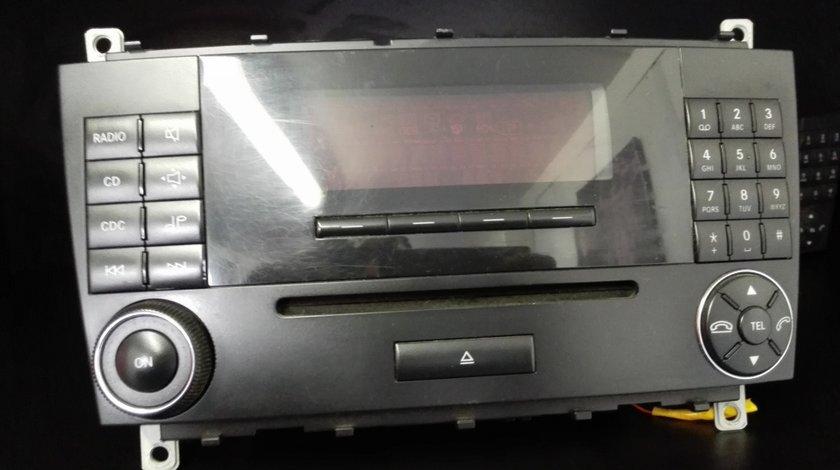 Radio cd Mercedes C-class w203 2000-2007 A2038273842