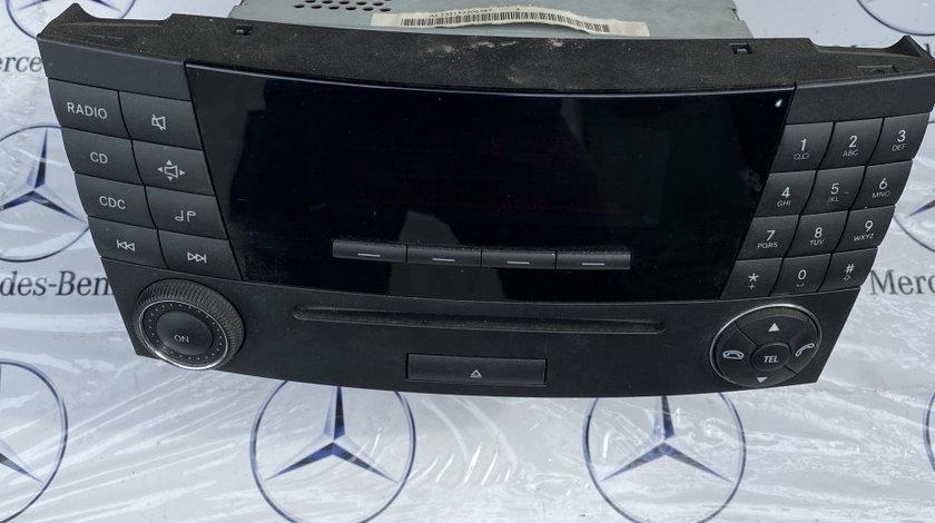 Radio CD mercedes E class W211 a2118702889