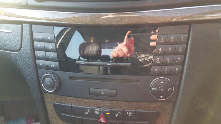 RADIO CD MERCEDES E-CLASS W211 FACELIFT