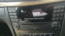 Radio cd Mercedes E220 cdi w211 Avantgarde
