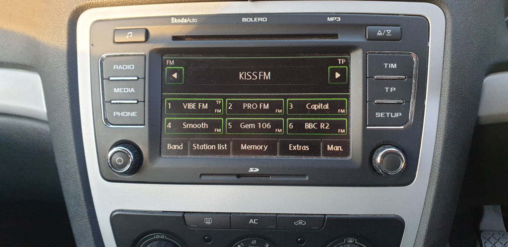 Radio cd MP3 player bolero skoda octavia 2 facelift