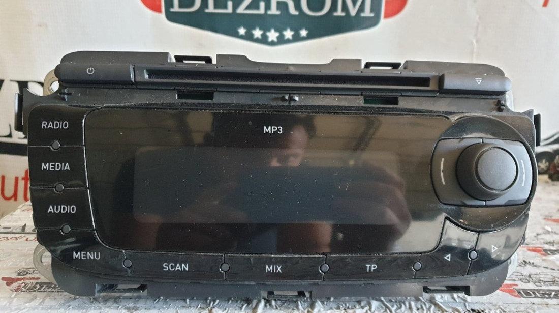 Radio CD-Player MP3 Seat Leon 1P cod piesa : 1P0035153D