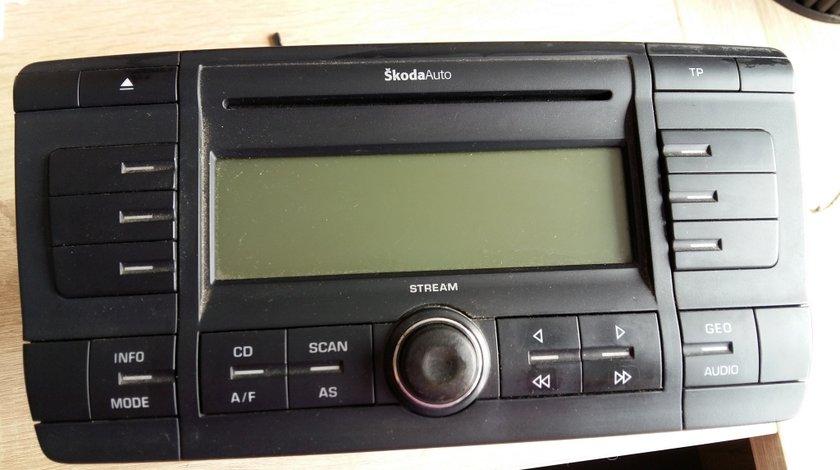 Radio cd player skoda octavia 2 1z0035161 a