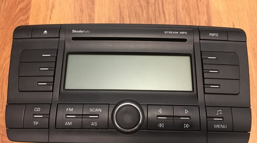 Radio CD player Skoda octavia 2 stream mp3 OEM