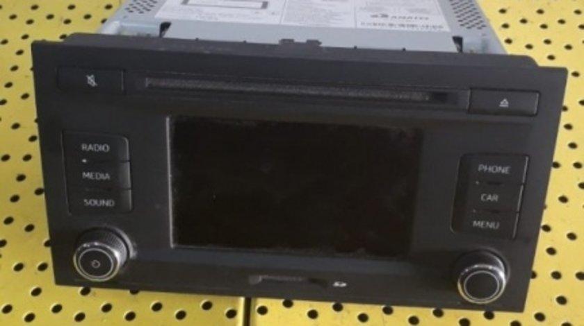 Radio CD Seat Leon 5F (2012-prezent) orice motorizare 5F0035869A