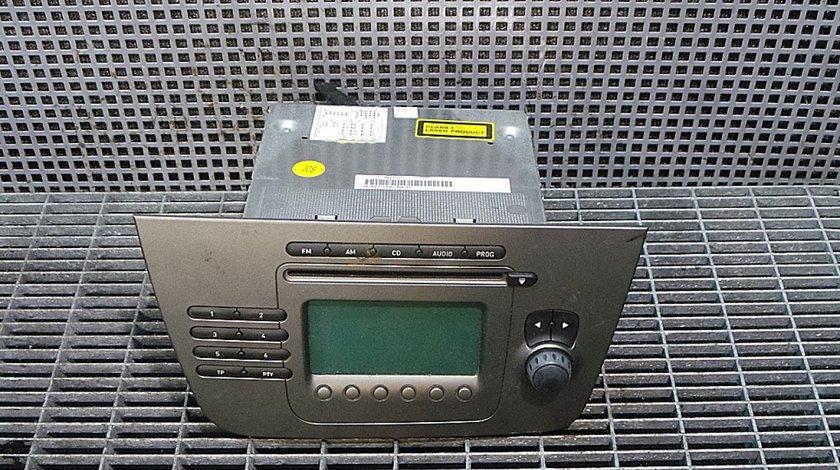 RADIO CD SEAT TOLEDO --- (2004 - 2009)