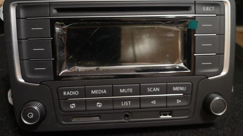 Radio Original OEM USB SDCard AUX RCN210 Golf Eos Jetta Caddy Passat Tiguan Bettle Touran