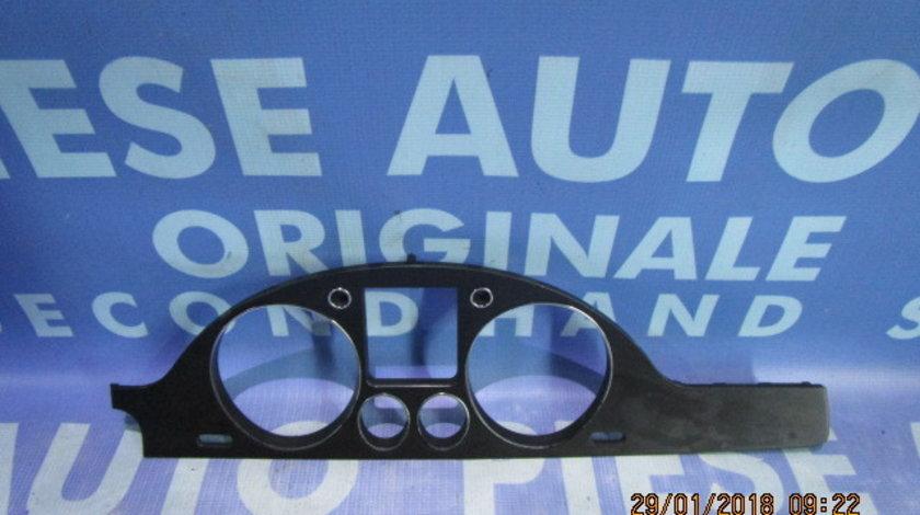 Rama ceasuri bord VW Passat B6 ;  3C2858353 (Anglia)