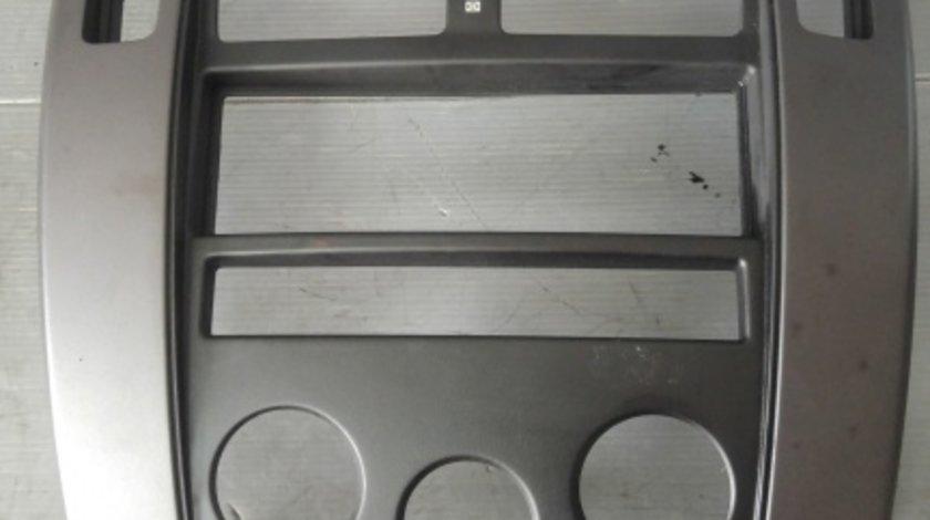 Rama consola centrala hyundai tucson 2004-2010 u026313800
