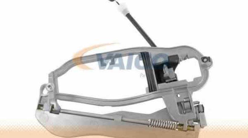 rama maner usa BMW X5 E53 VAICO V20-1809