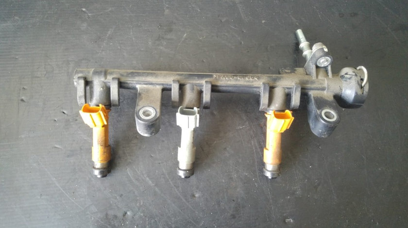 Rampa cu injectoare 1.0 b 1kr toyota yaris 23250-40020