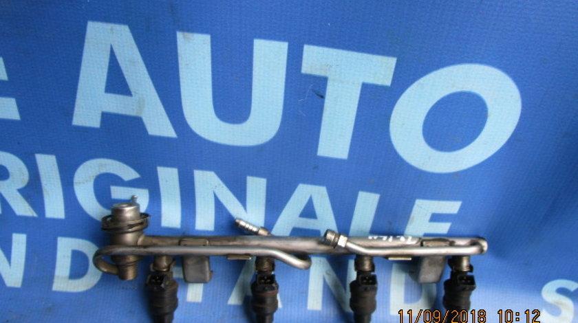 Rampa injectoare Audi A4 1.8T; 058133681