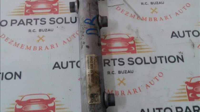 Rampa injectoare dreapta MERCEDES BENZ SPRINTER 2006-2012