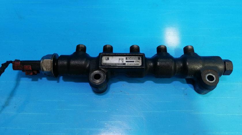 Rampa injectoare Ford Focus 2 1.6 TDCI G8DA 9654592680
