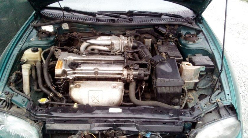 Rampa injectoare Mazda 323 1996 Limuzina 1.5