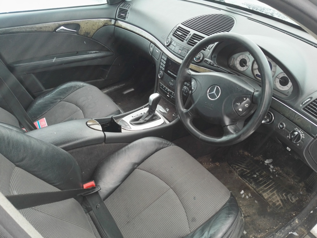 Rampa injectoare Mercedes E-CLASS W211 2004 BERLINA E220 CDI