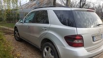 Rampa injectoare Mercedes M-CLASS W164 2007 Jeep 3...