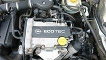 RAMPA + INJECTOARE Opel Corsa B 1.0 cod motor X10X...