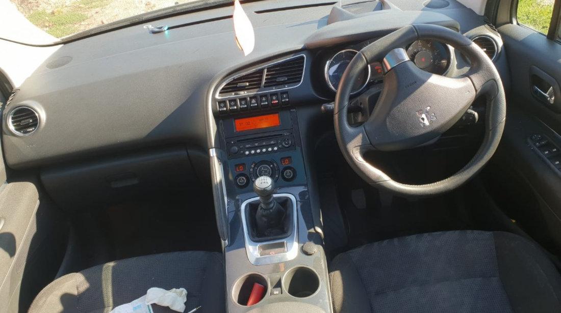 Rampa injectoare Peugeot 3008 2011 9HZ 1.6 hdi 109cp