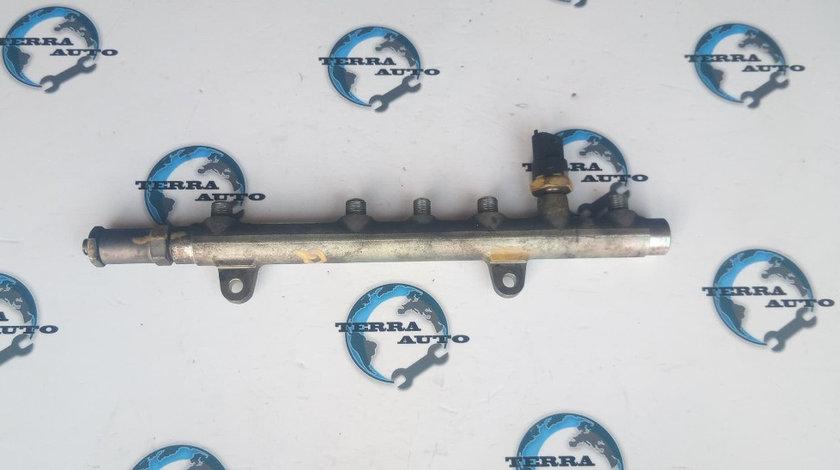 Rampa injectoare Renault Kangoo 1.9 DCI cod motor F9Q