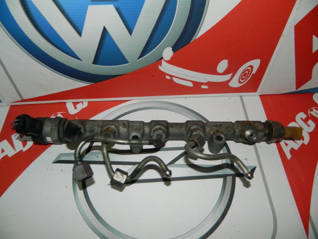 Rampa injectoare Skoda Fabia 2 cu codul 03P089