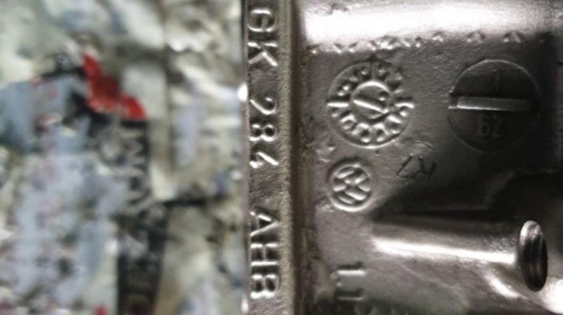 Rampa injectoare Skoda Octavia II 1.4 TSI 122 cai motor CAXA cod piesa : 03C906051H