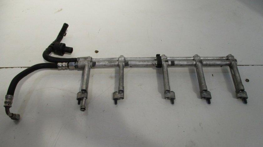 Rampa injectoare stanga Vw Touareg an 2002-2010 cod 07Z133317J