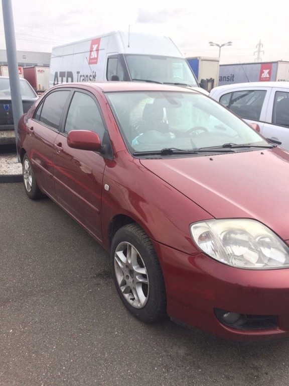 Rampa injectoare Toyota Corolla 2003 SEDAN 2.0