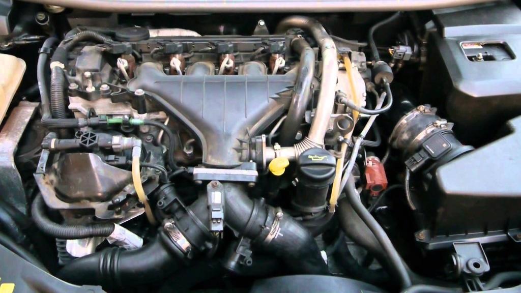 RAMPA INJECTOARE Volvo V50 2.0 D cod motor D4204T
