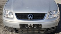 Rampa injectoare VW Touran 2005 Berlina 1.9