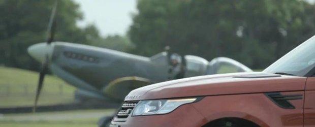 Range Rover vs. Spitfire, masina sau avionul?