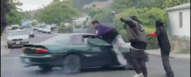Rapperi versus Camaro, Camaro-ul castiga detasat
