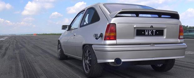 Rar ti-e dat sa vezi un Opel Kadett de 900 de cai putere pe pista de drag