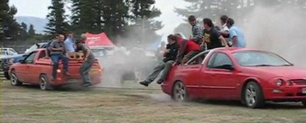 Razboiul camionetelor : Ford versus Holden