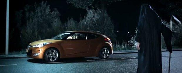 Reclama interzisa in Olanda la Hyundai Veloster. Crezi ca e asa morbida?