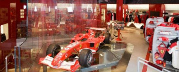 Reduceri de 50% la produsele oficiale Ferrari