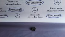 Releu baterie auxiliara Mercedes A0025426419